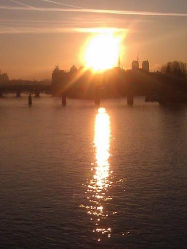 Mavra du soleil couchant.jpg