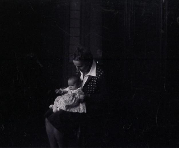 1978.Pont-Hus.GrandMèrePaulette.Edith.jpg