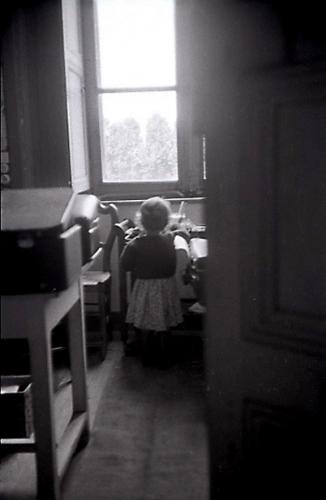 1980.PontHus.EdithdanslebureaudeGPPierre.jpg