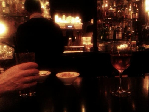 Carvos Loup, photographie, bar, place Victor Hugo, Paris